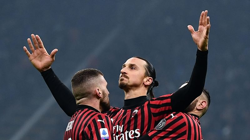 Zlatan Ibrahimovic extends contract with AC Milan until 2021