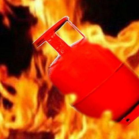 Bandra LPG cylinder explosion injures 6