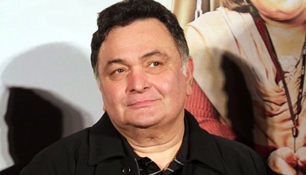 Rishi Kapoor back home after being treated for pneumonia caused by Delhi pollution