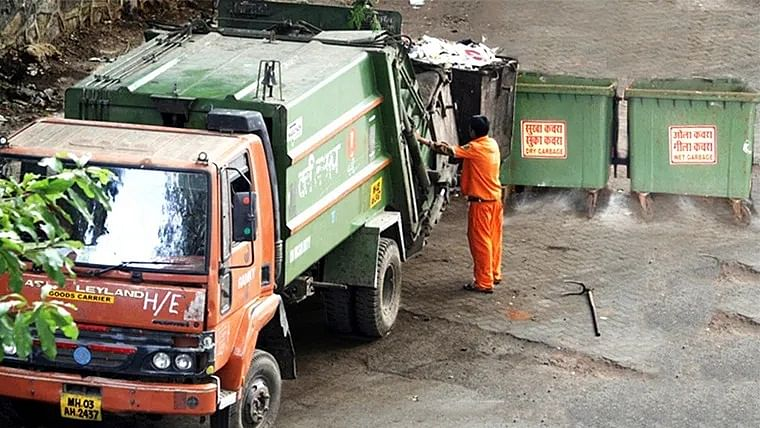 Mumbai: BMC to charge Rs 60 per month for lifting garbage from door step