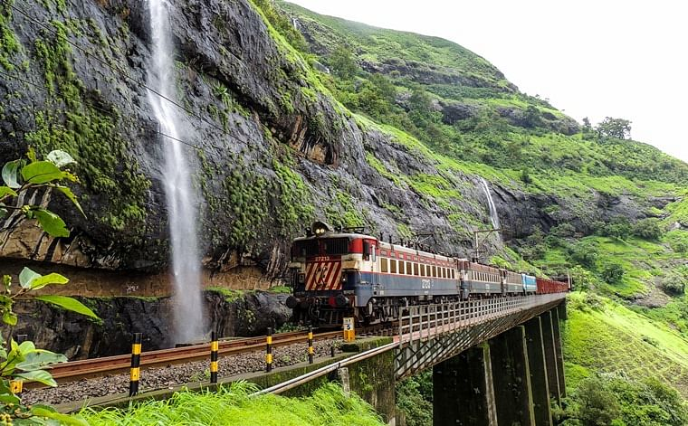 Maha: CR to restore suspended services at Khandala Ghat on Feb 14
