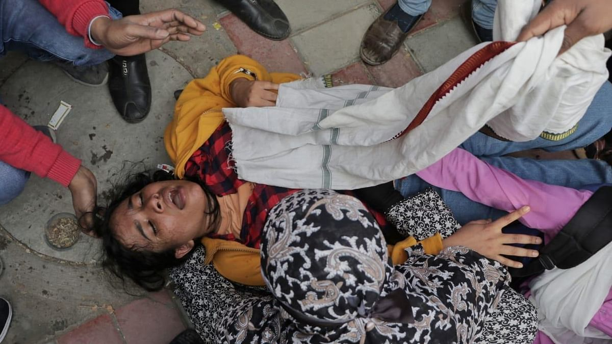 '10 women students hit on their private parts': Doctors at Jamia Health Centre accuse Delhi Police