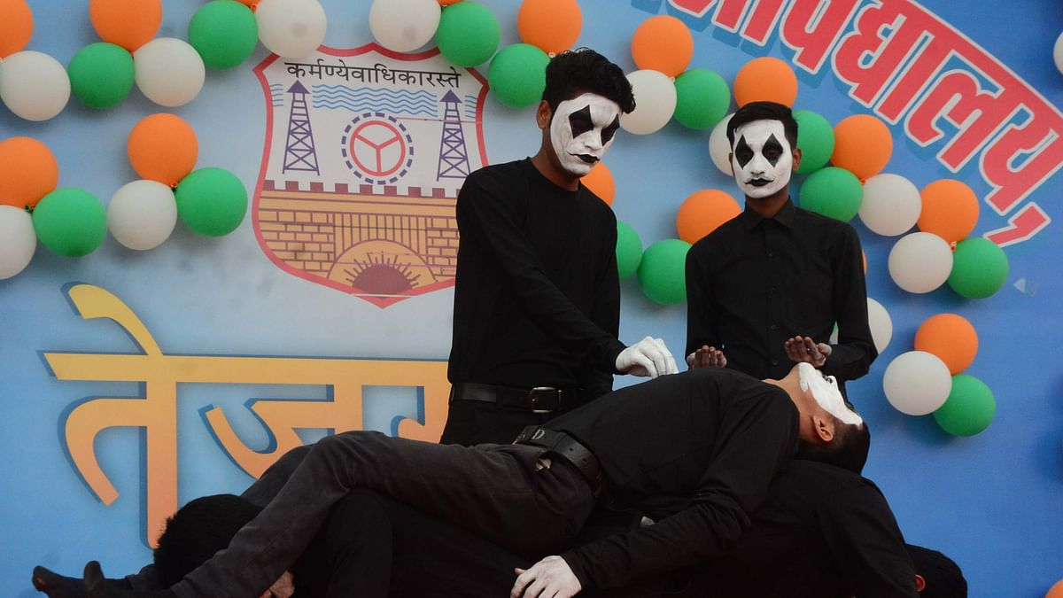 Bhopal: Students enacted Pulwama terror attack through mime