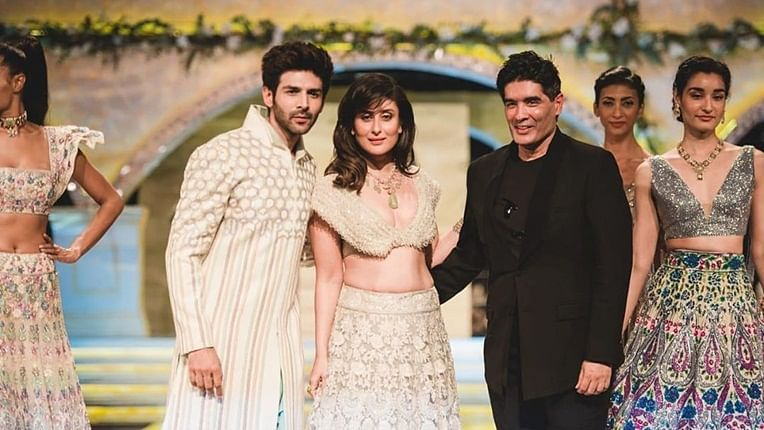 Kareena Kapoor Khan, Kartik Aaryan are a vision in white as they turn showstoppers for Manish Malhotra