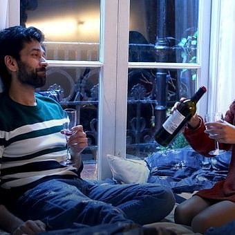 Web series Review: Never Kiss Your Best Friend -- A refreshing web series
