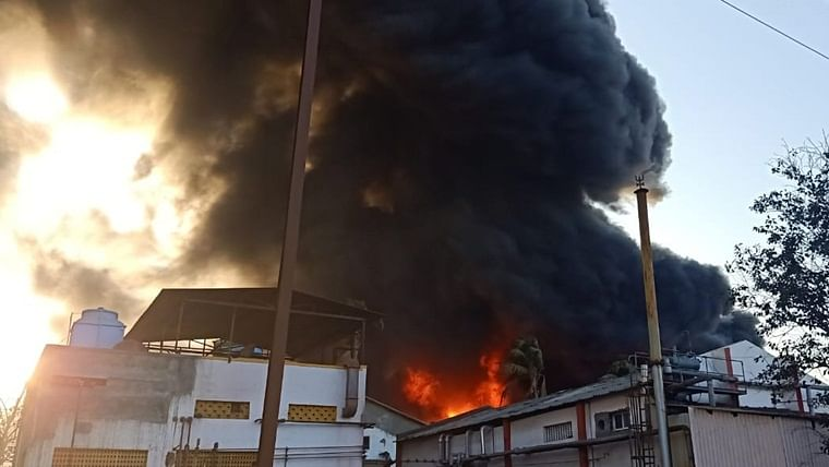 Fire erupts at chemical factory in Boisar; 2 injured, no casualties