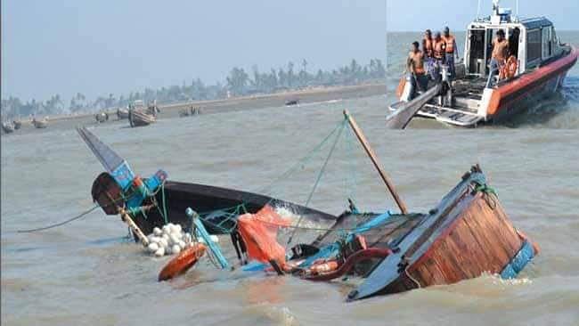 Rohingya boat sinks off Bangladesh, 15 dead