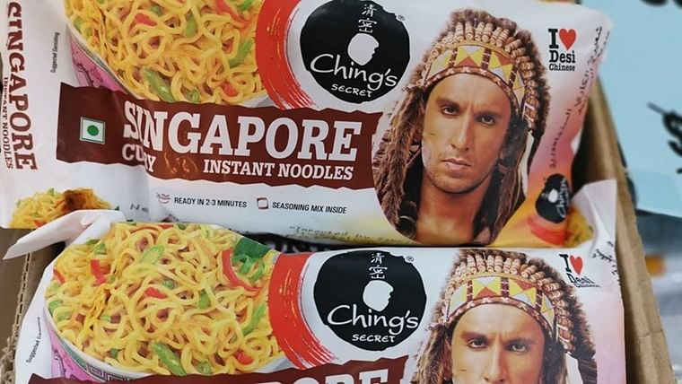 'I Love Desi Chinese': Ranveer Singh in Native American headgear selling 'Singapore noodles' has left Singaporeans baffled