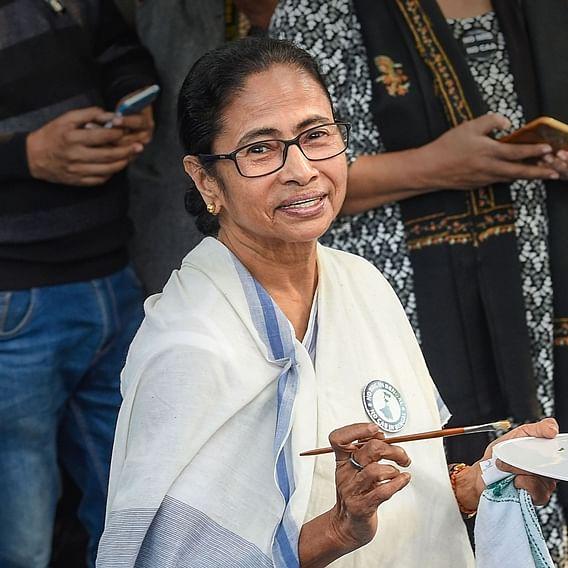 Delhi Election 2020: Mamata Banerjee congrats CM Arvind Kejriwal, slams BJP for 'vendetta politics'