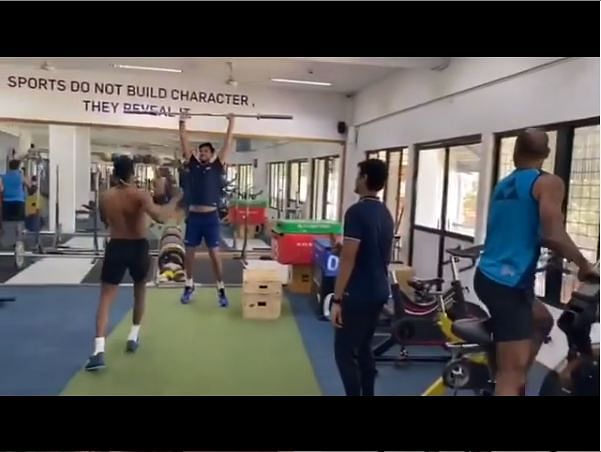 'Yahan ke hum Sikander': Shikhar Dhawan, Ishant Sharma and Hardik Pandya rock the floor during rehab