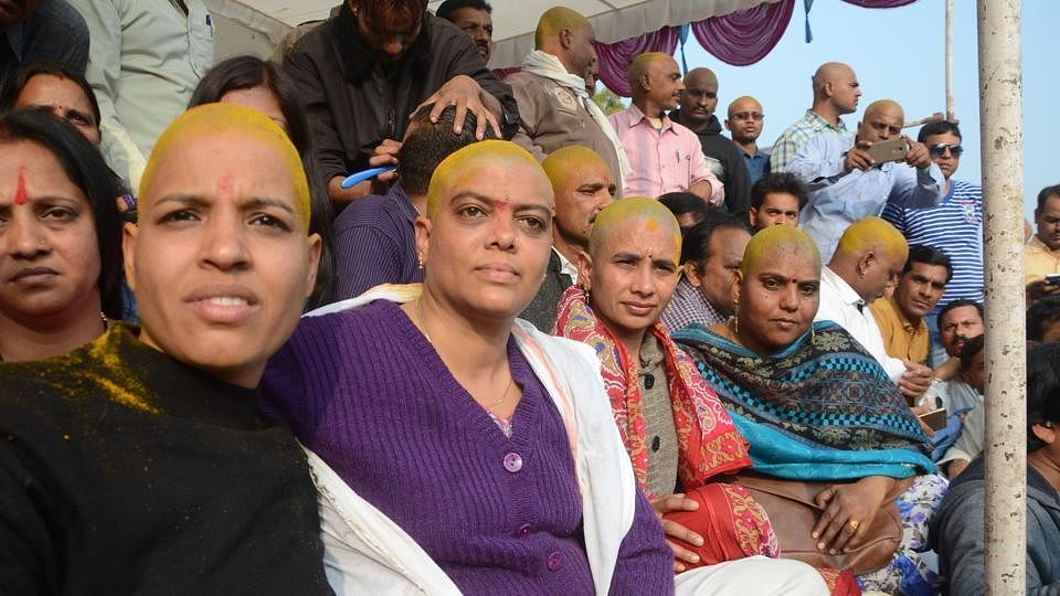 Bhopal: Woman guest Scholar to sacrifice hair on Women's Day and today
