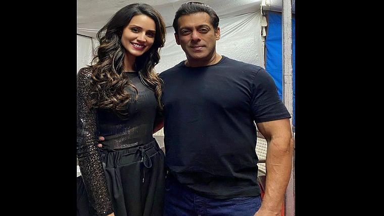 Larissa Bonesi with Salman Khan