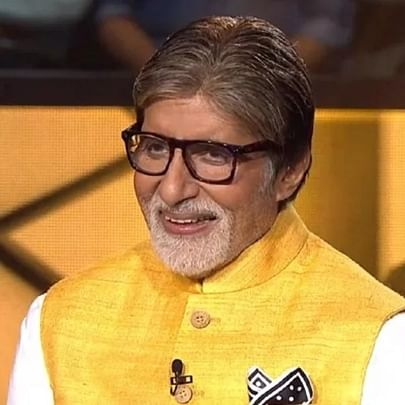 After arranging buses, Amitabh Bachchan books flights for UP migrant workers