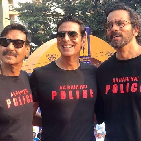 Akshay Kumar, Ajay Devgn attend Maharashtra Police International Marathon