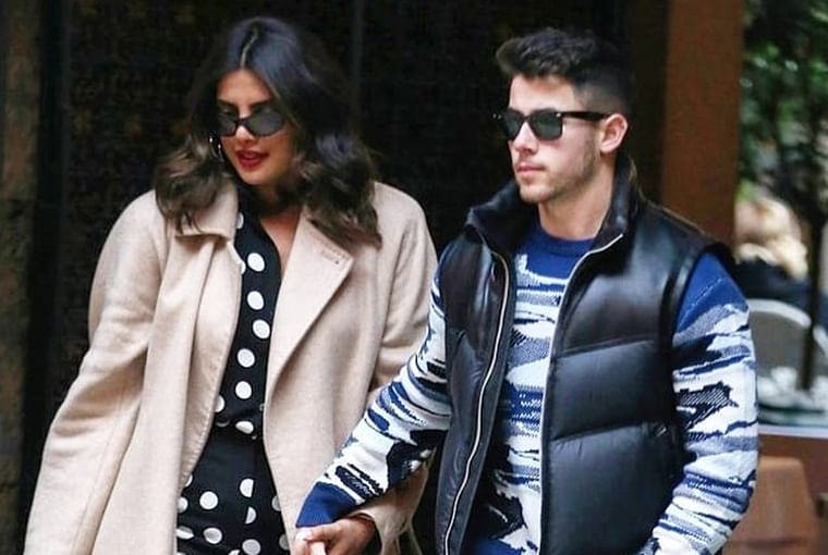 Watch video: Priyanka Chopra and Nick Jonas dance to Ranveer Singh's 'Aankh Maarey' on Valentine's Day