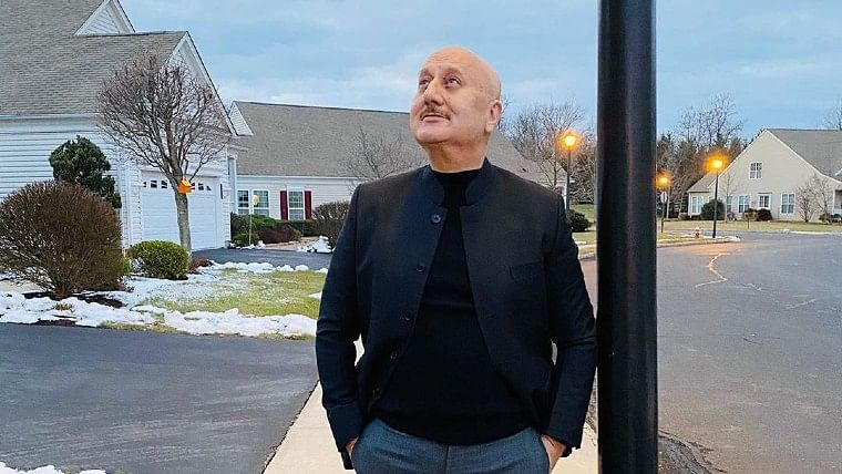 'Nationalist Kher...': Anupam Kher trolled for a tweet referring his New York residence as 'Home'