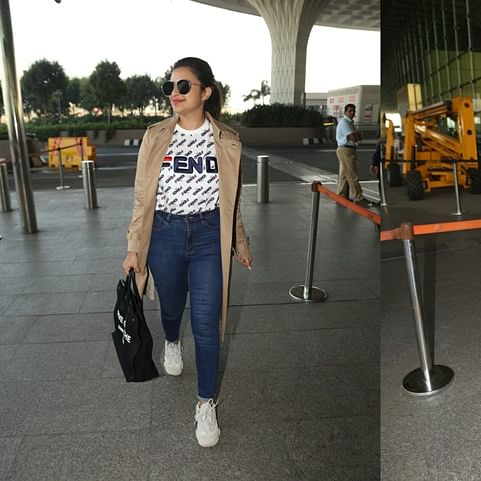 Fashion Police: Parineeti's airport look includes a Rs 60K Fendi t-shirt and Rs 1 lakh Saint Laurent bag