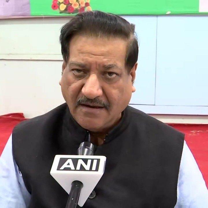 Former CM seeks probe into Samruddhi Corridor land deals before notification issuance