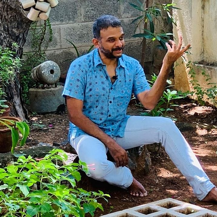 Divided by language, united by love: Watch TM Krishna's unique renditions of 'Hum Dekhenge' at Shaheen Bagh