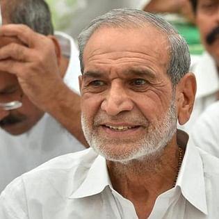 SC refuses interim bail to Congress leader Sajjan Kumar in 1984 anti-Sikh riots case