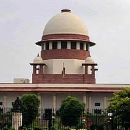 Reliance-Future Group deal: SC stays all proceedings in Delhi High Court