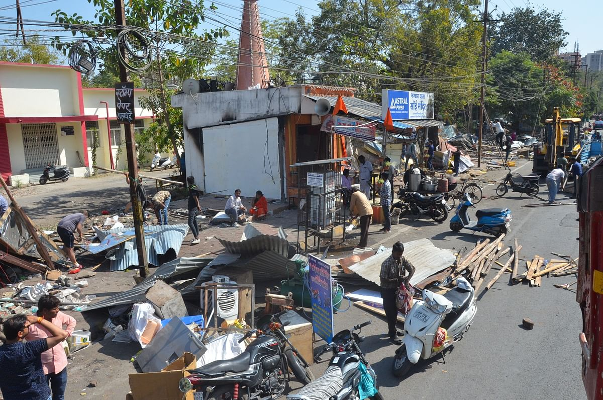 Indore: Nearly 30 encroachments removed from YN Road