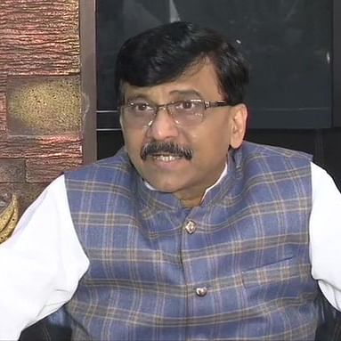 """Corona war is not an Indo-Pak war"": Sanjay Raut attacks Centre for politicising COVID-19 crisis"