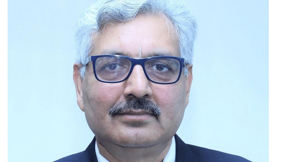 Abhay Kumar Singh takes over as NHPC CMD