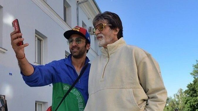 Amitabh Bachchan is in awe of Ranbir Kapoor's 'then and now' pictures
