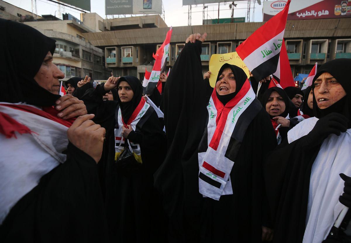 Iraqi women defy Shia cleric, take to streets
