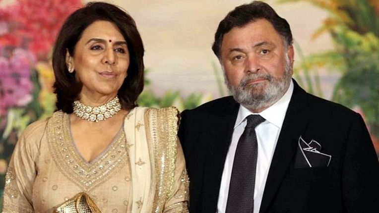 Neetu Kapoor, Rishi Kapoor's throwback picture is all things love