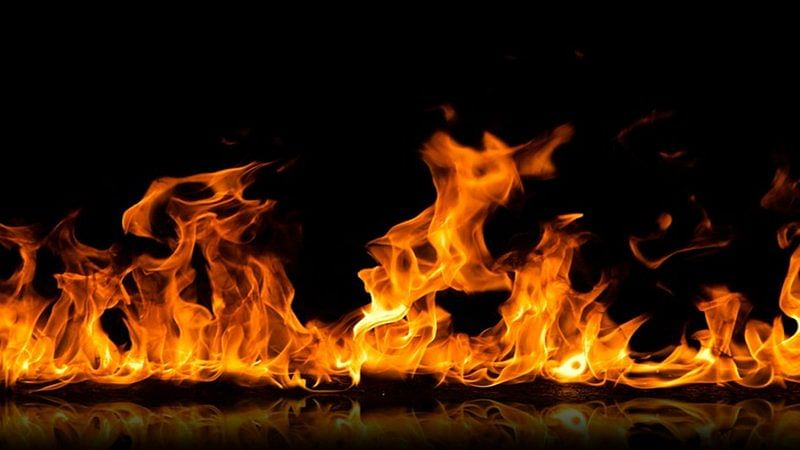 Indian saved his wife from fire, dies of burn injuries