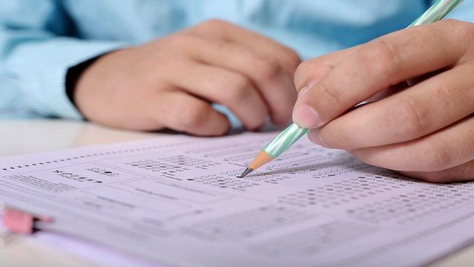 Mumbai: CBSE Classes 10, 12 exams from today, students with special needs can carry basic calculator