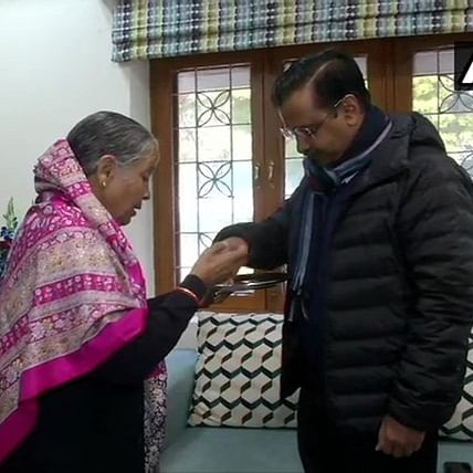 Delhi Elections 2020: Kejriwal takes a cue from Modi, seeks mother's blessing before casting vote
