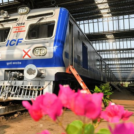 Few ride AC trans-Harbour local, CR plans another one
