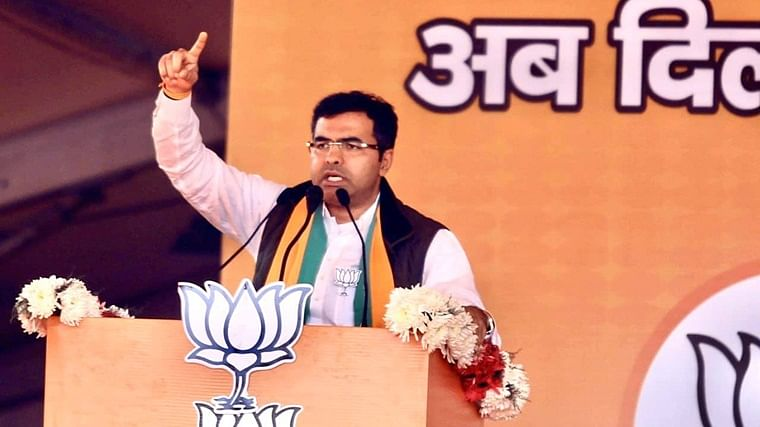 BJP MP Parvesh Verma offers to pay a month's salary to cop, IB officer killed in Delhi violence