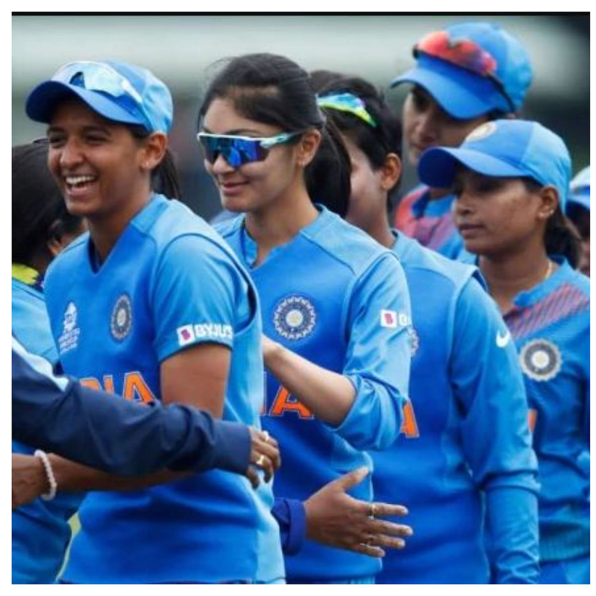 'God of Cricket' Sachin Tendulkar has  special message for Harmanpreet Kaur & co ahead of World Cup finals