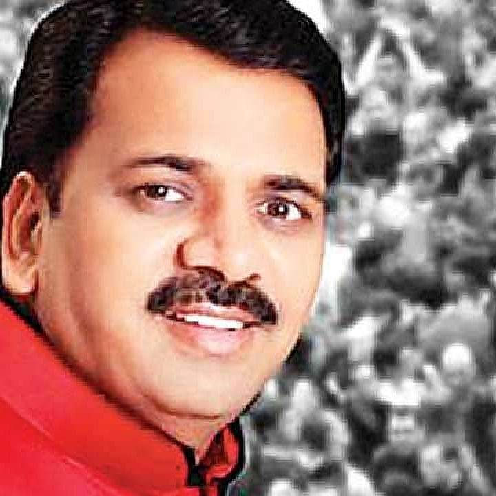 Mumbai: Absconding Narendra Mehta moves HC to quash rape FIR; HM Anil Deshmukh assigns case to crime unit