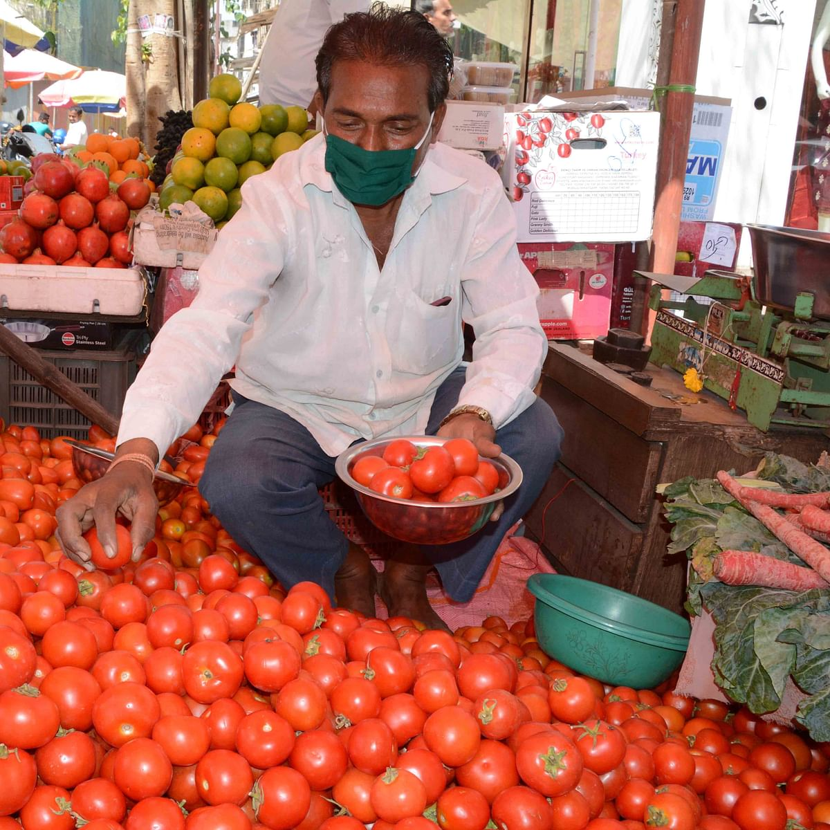 Coronavirus in Mumbai: Veggie prices soar as supplies plunge due to nationwide lockdown