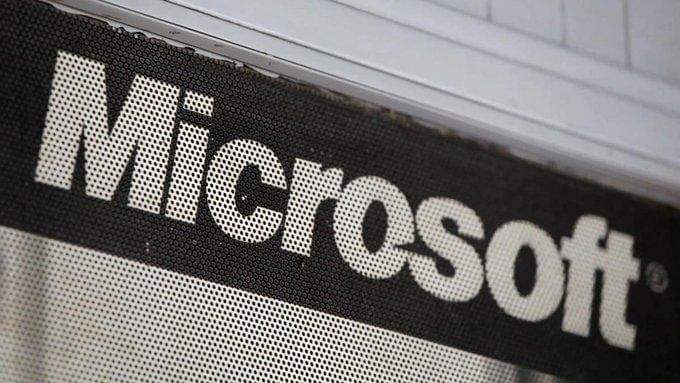Hackers exploiting bug in Microsoft email servers