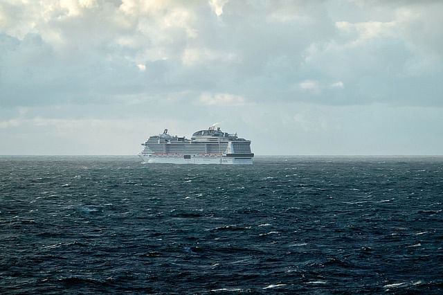 Australian cruise ship passengers to be placed in coronavirus quarantine on a popular island