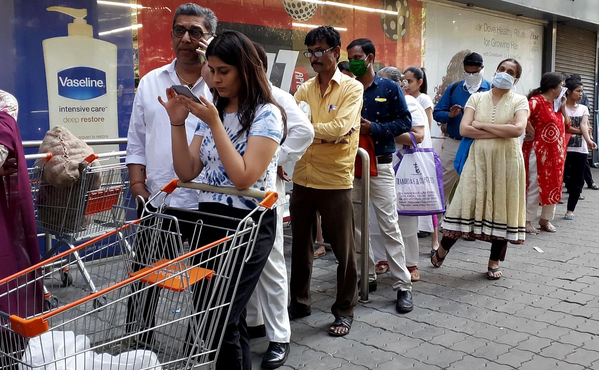 Ahead of decision of lockdown, Mumbaikars hit panic button, scramble to stock up on essentials