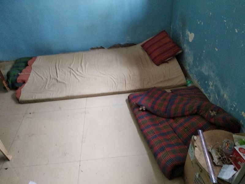 Squatting in School: How a man turned a BMC school into his own pad