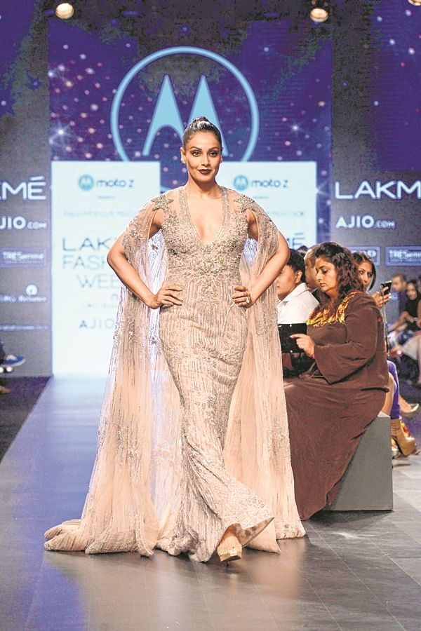 'Layered or minimal, I'm comfortable': Actor Bipasha Basu talks about fashion and style
