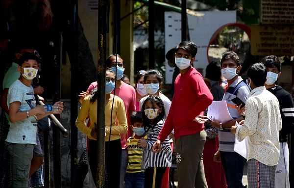 Coronavirus in Mumbai: Patients continue to infect doctors, Lilavati Hospital nurse tests positive, 45 staffers quarantined