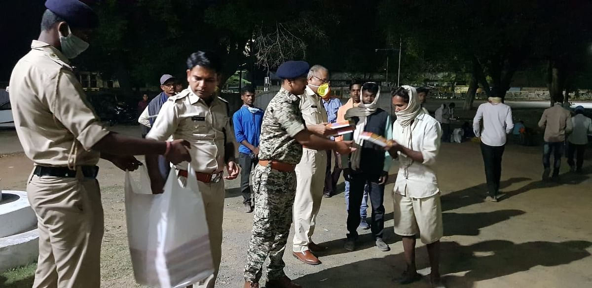 Bhopal: State police are humane too; help thousands of stranded
