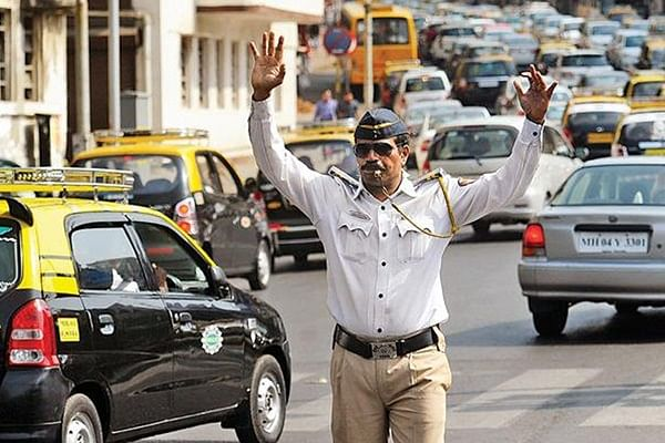 Navi Mumbai: Traffic police take action against 74 errant bikers, license impounded of three