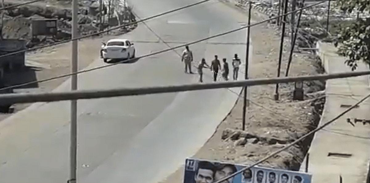 Coronavirus in Mumbai: Watch - 'Voluntary' Janta Curfew turns violent in Bhiwandi as cops thrash man