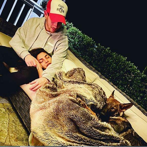 Priyanka Chopra, Nick Jonas' latest pic is making the internet feel lovesick