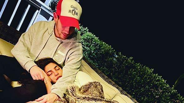 Priyanka Chopra and Nick Jonas (L)